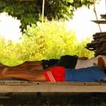【ラオス】チャムパーサック お昼寝中のラオス人