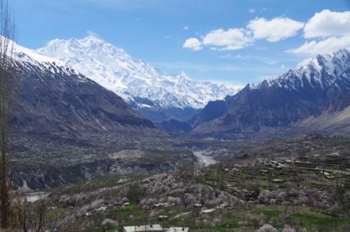 パキスタン フンザ 4月