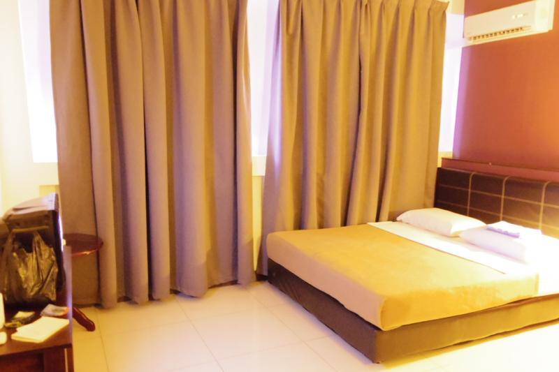 【サンダカン】コスパ最強の安ホテル!?部屋は広くて清潔な『リベナ イン (Ribena Inn)』