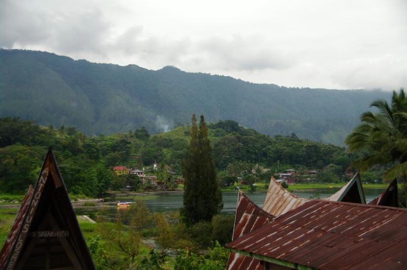 東洋のスイスとも呼ばれている東南アジア最大の湖『トバ湖』