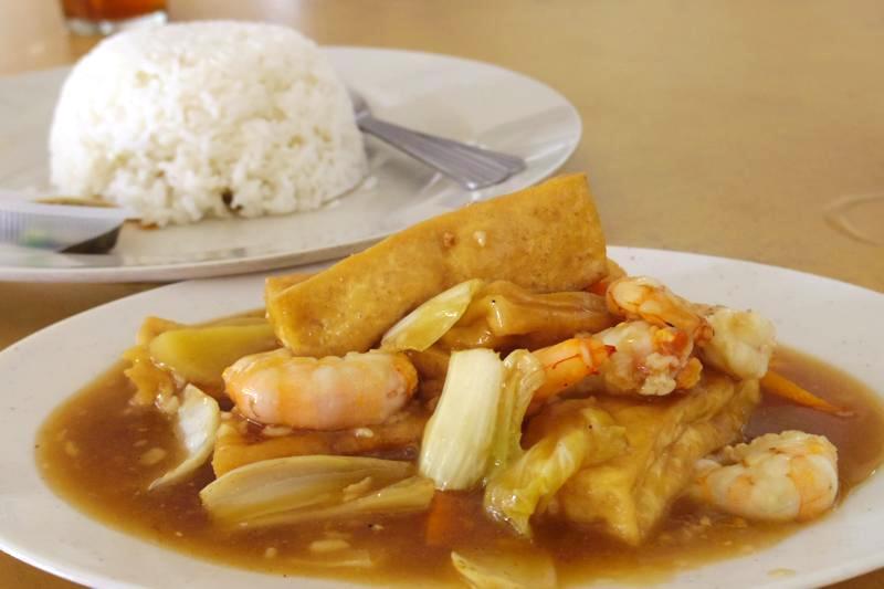 【イポー】香港の茶餐廳と同じメニューが楽しめる屋台『碟仔飯』※2015年7月追記