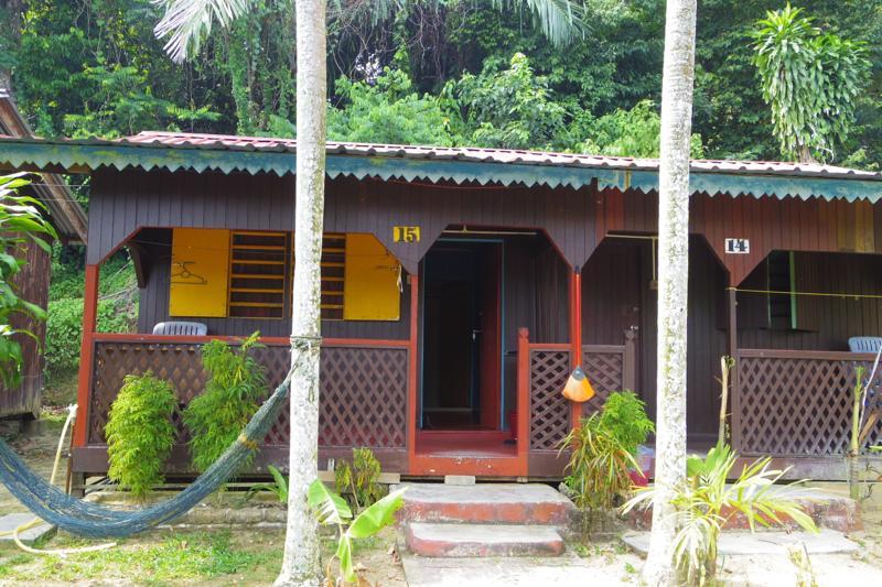 パンコール島 Pankor 安宿 ゲストハウス