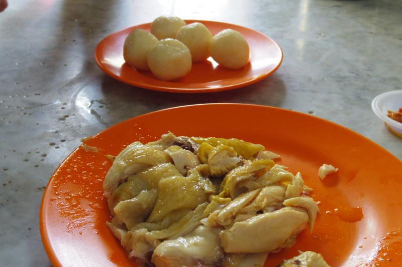 【マラッカ】老舗の海南鶏飯粒(チキンライスボール)と言えば『中華茶室』