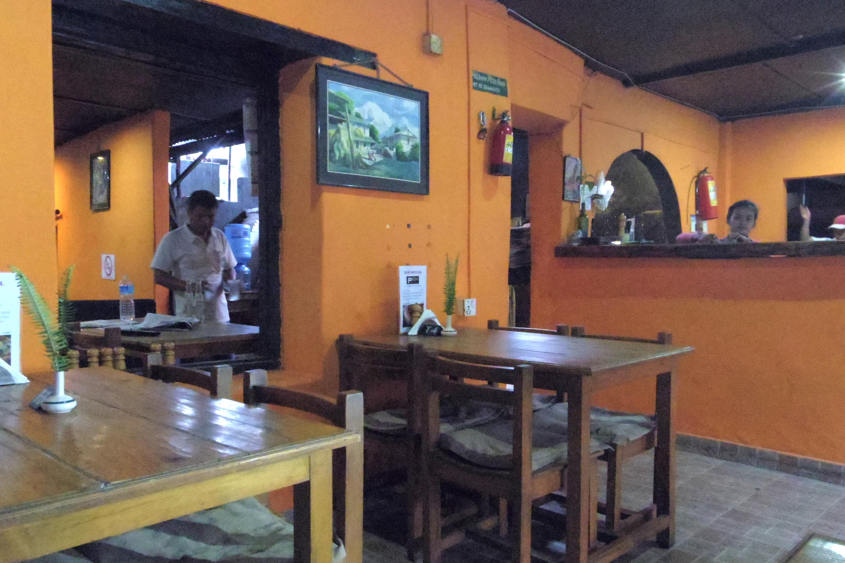 ポカラ イタリアン ポカラピザハウス Pokhara Pizaa House