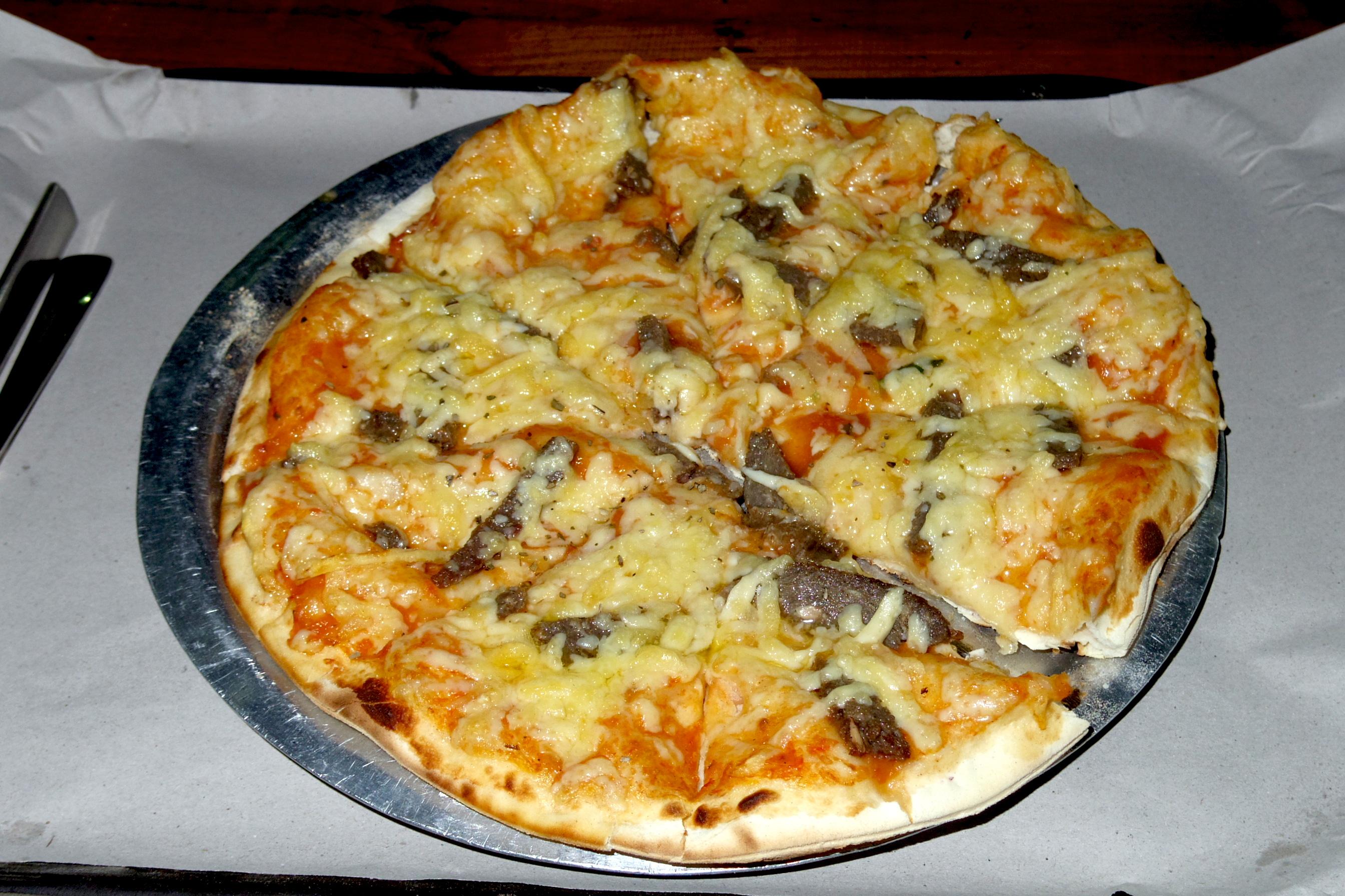 【ポカラ】安くて美味しいと評判の窯焼きピザ屋『ポカラピザハウス(Pokhara Pizaa House)』に行ってみたが・・。
