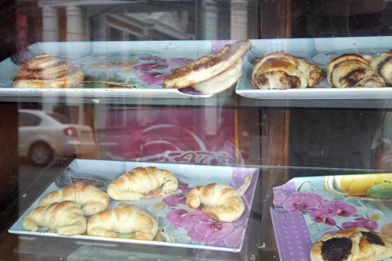 ポカラ ベーカリー  朝ごはん ナマステベーカリー アンド サンドウィッチポイント Namaste Bakery and Sandwitch Point