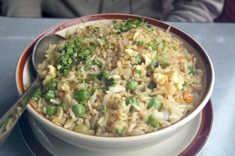 ダラムサラ チベット料理 フライドテントゥック ロータスリーフ レストラン Lotus Leaf