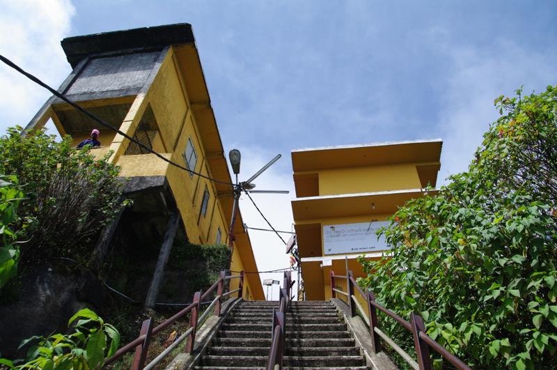 スリランカ アダムスピーク スリーパーダ 聖なる山 トレッキング