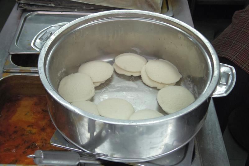 バンガロール 朝食ドーサ 安い 美味しい Vijaya Cafe
