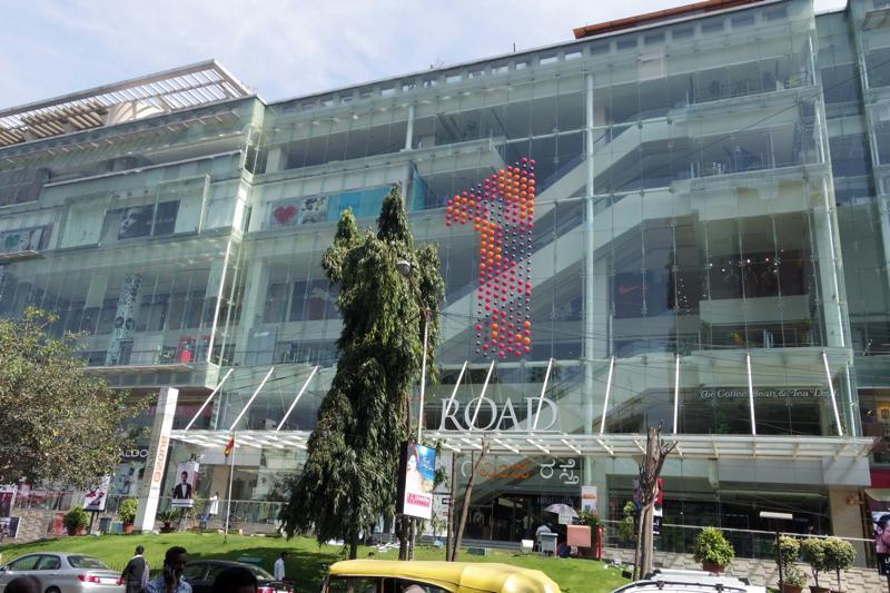 インドのシリコンバレー!バンガロールにあるショッピングモールへ行ってみる。