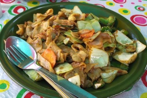 ハンピ チベット料理 モモ TIBETAN KITCHEN