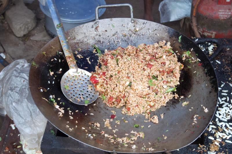 ハンピ ローカル屋台 美味しい ゴピライス