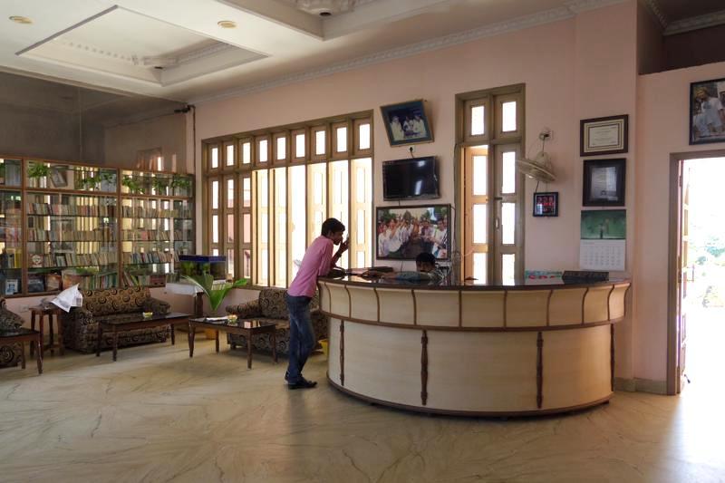 インド ヨガ留学資格取得コース サンタナトラベル サンタナホテル