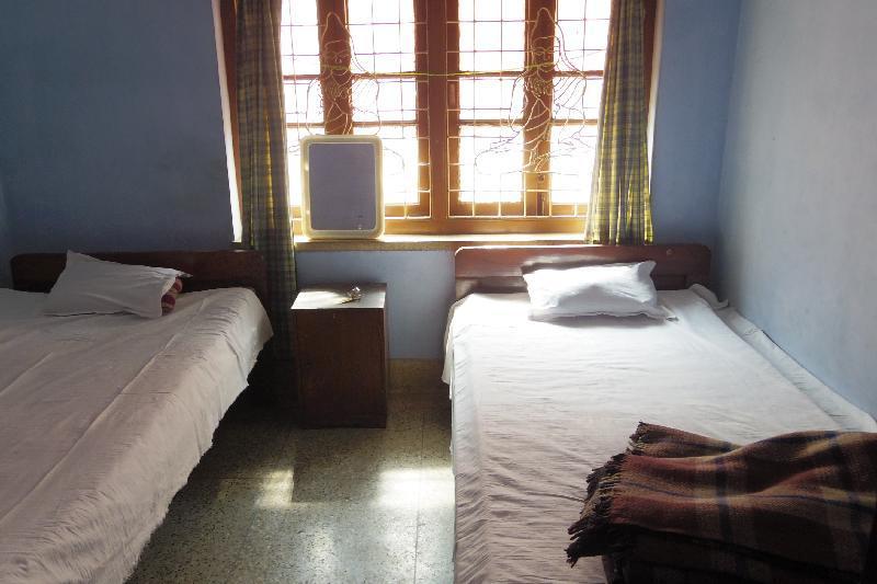 【コルカタ】ツインが1泊300ルピー!ありえない値段で泊まれる仏教寺の宿泊施設 ※2017年9月追記