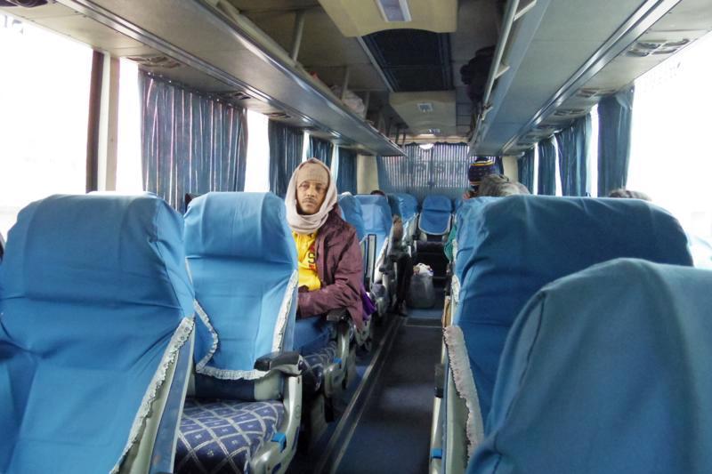 国際バス 陸路国境越え インド・コルカタからバングラデシュ・ダッカまで