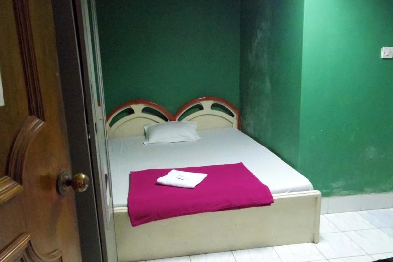 【ダッカ】立地良しの外国人旅行者に人気の安宿『HOTEL PACIFIC(ホテルパシフィック)』