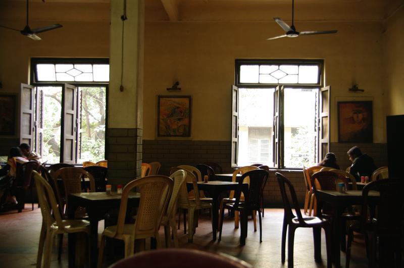 コルカタ 老舗 コーヒーハウスINDIAN COFFEE HOUSE