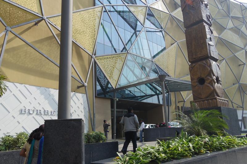 コルカタ ショッピングモール 買い物  Quest Mall