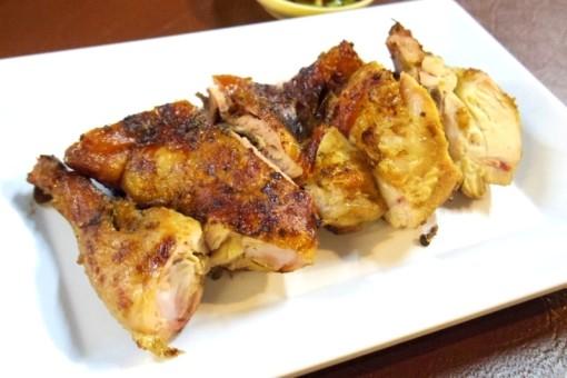 チェンマイ ガイヤーン イサーン料理 焼き鳥 ルアムチャイガイヤーン