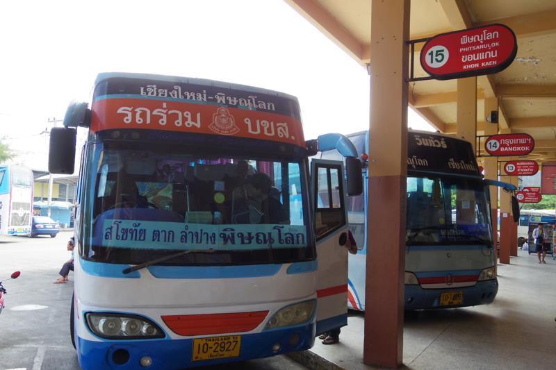 チェンマイからスコータイまでのバス移動レポート