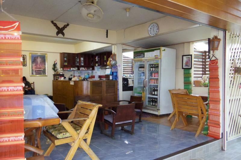 スコータイ 安宿 ゲストハウス TRゲストハウス TR Guest House