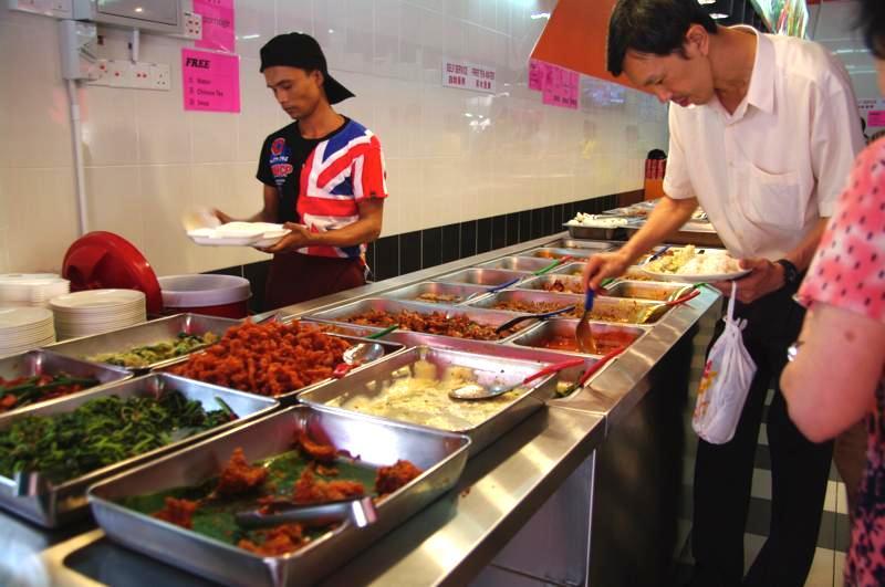イポー 経済飯 美味しい RESTORAN BANDAR IPOH 怡保街场什飯専卖店