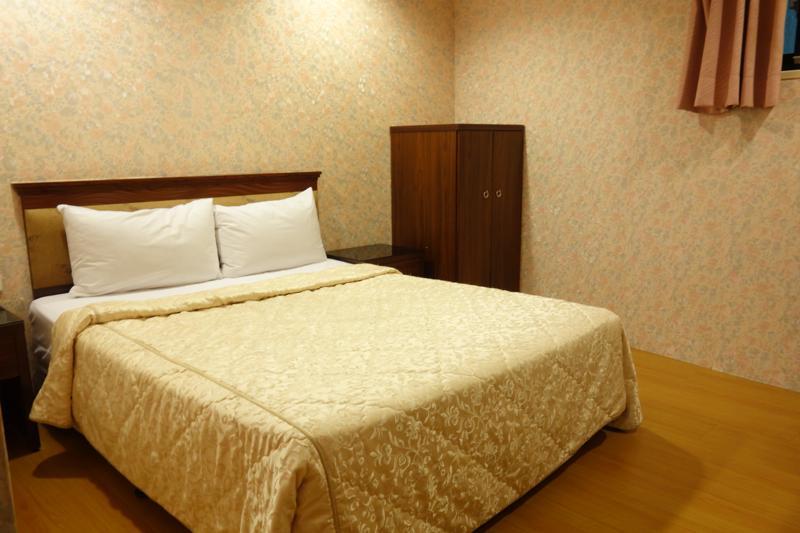 【高雄】コスパ良しでキレイな快適安ホテル!『センター ホテル 中央飯店(Centre Hotel)』