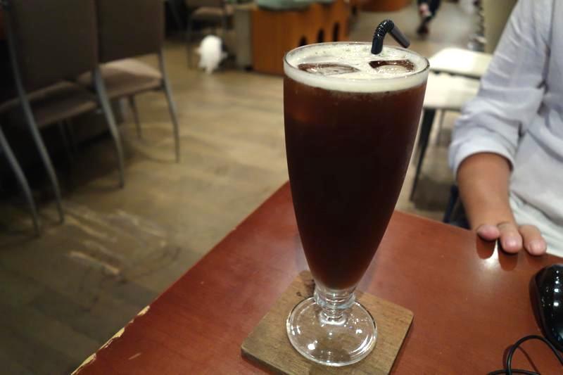 台北 猫カフェ 極簡 Minimal Cafe