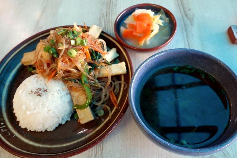インド ダラムサラ 韓国料理 リ ri