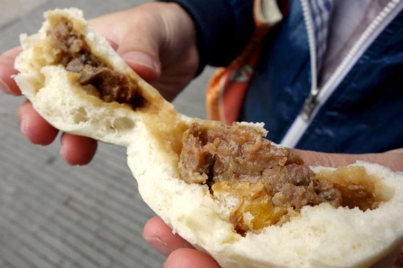 【台南】木炭でふっくらと美味しく蒸し上がる!100年以上続く老舗の肉まん屋『禄記包子』