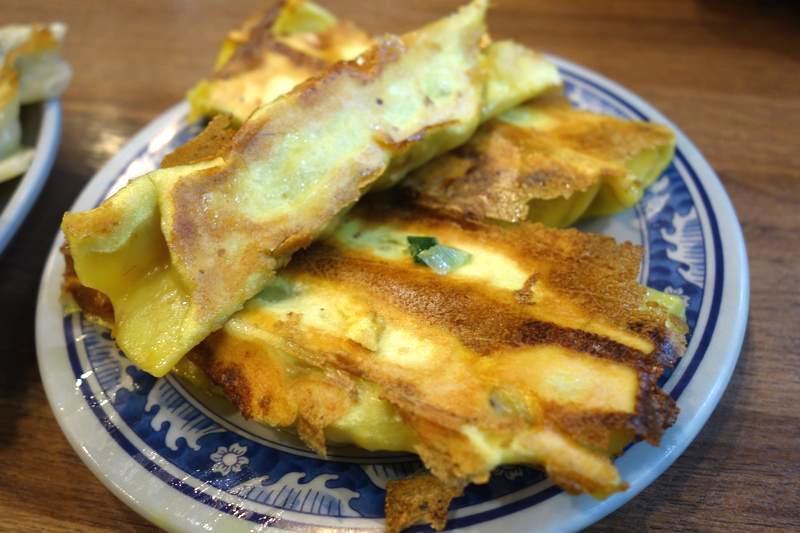 台湾 鍋貼水餃子 焼き餃子 美味しい 八方雲集
