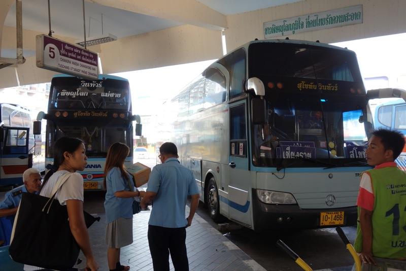 ピッサヌロークからチェンマイまでバスでの行き方