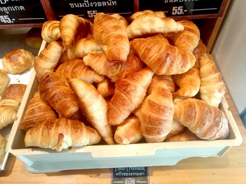 【チェンマイ】値段がリーズナブルで本格的な美味しいパンが味わえる!『Nana Cafe & Bakery』
