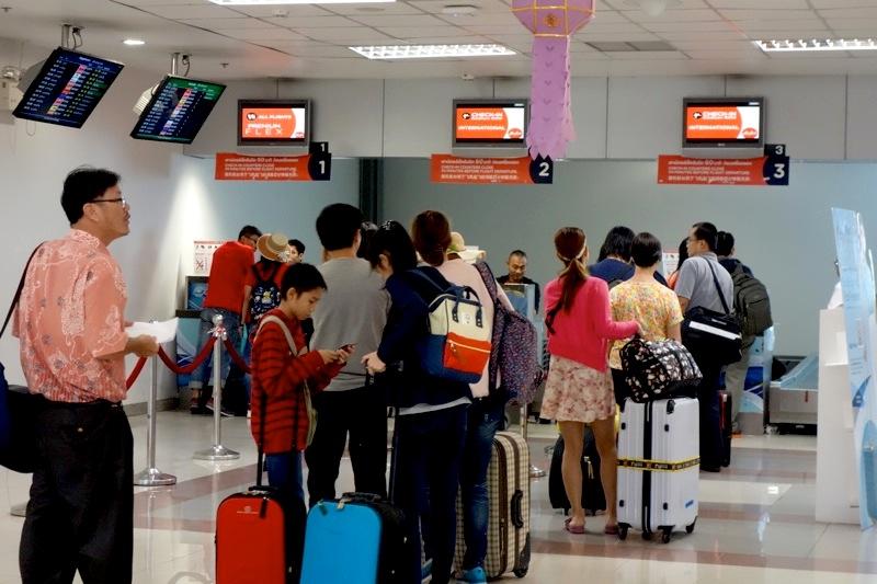 エアアジア 空路飛行機 チェンマイからKLクアラルンプール 格安最安値