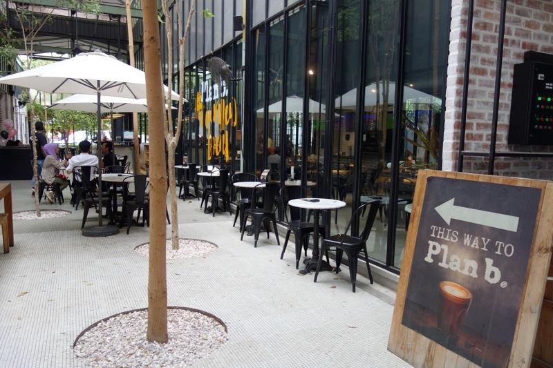 イポー ipoh カフェ ノマド コーヒーケーキ美味しい PlanB