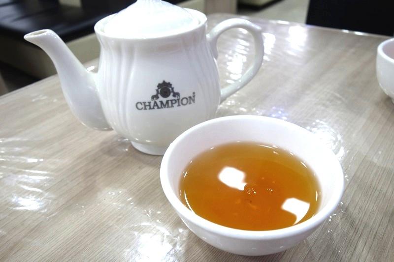 キルギス カラコル アシュランフー 安いカフェ食堂美味しい боороок