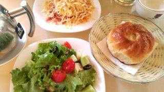【チョルポン・アタ】ローカルの人にやたら薦められるレストラン『U Rybaka』