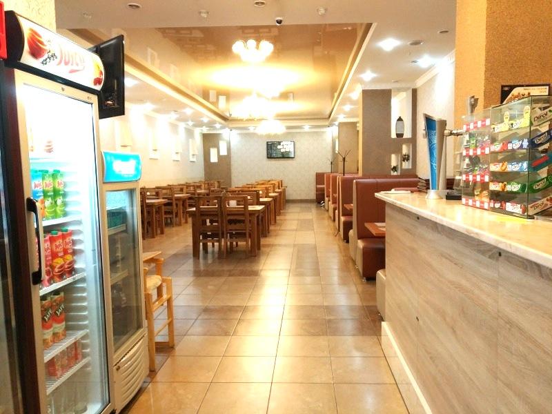 【カラコル】ローカルに人気のリーズナブルなレストラン『Stealth(ステルス)』