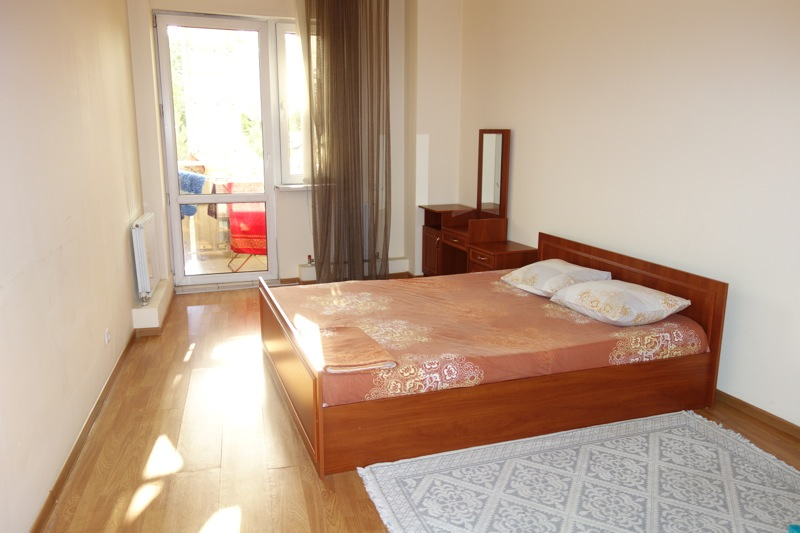 カザフスタンのアルマトイでノマド生活をしてみた。現地アパートはどんな感じ?