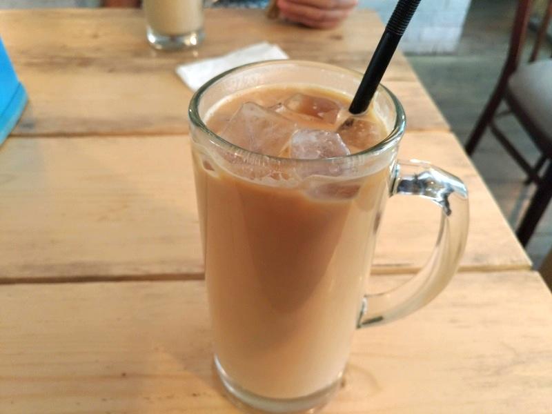 ビシュケク コーヒーが美味しい!たまたま見つけた洒落た素敵カフェ『Q [к'ю] coffee』