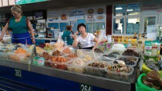 アルマトイの台所!有名な中央バザール(市場)に行ってみよう!