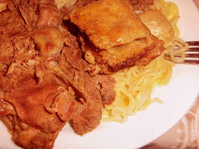 カザフスタン キルギス ベシュバルマク ベシュバルマック 伝統料理