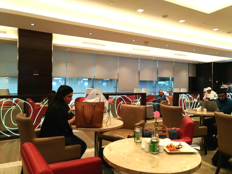 ドバイ国際空港ターミナル1でプライオリティパスが使える!「マルハバ」ラウンジレポート!