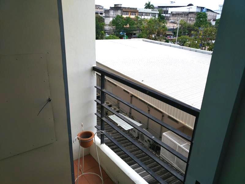【ウドンターニ】駅近で立地は超抜群!キレイな安ホテル! 『ザ ワン レジデンス(The One Residence)』