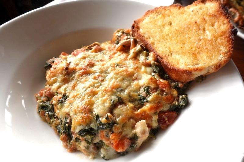 【ダラムサラ】ピザとパスタが美味!イタリアンレストラン『Jimmy's Italian Kitchen』