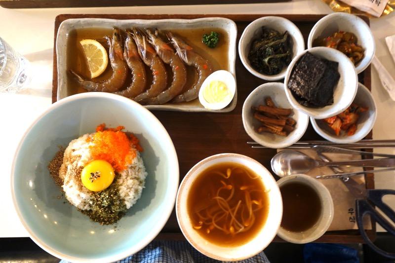 【ソウル】お一人様もOK!美味しいと評判の舞月食卓でカンジャウセウを食べて来た。