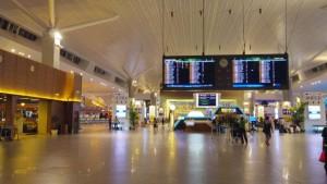 【マレーシア】エアーアジア新空港KLIA2レポ!空港内泊もなかなか快適!※2016年8月追記